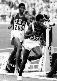 larry-james-lee-evans-mexico-1968-olympics-4x400m-relay.jpg