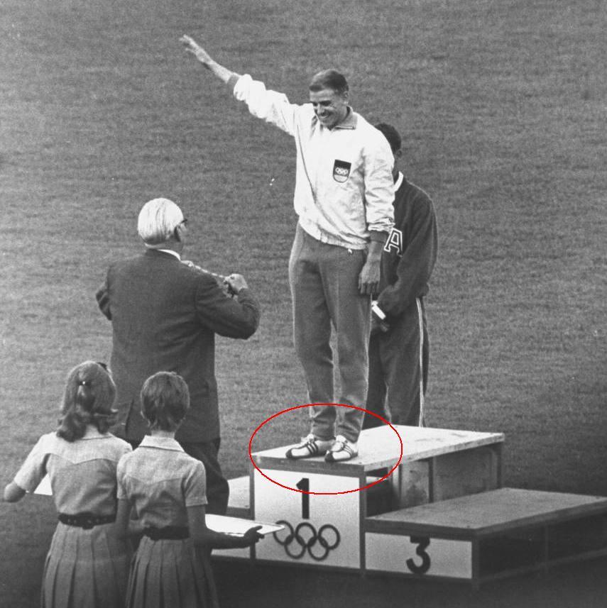 armin-hary-100-meters-1960-olympics-podium-300.jpg