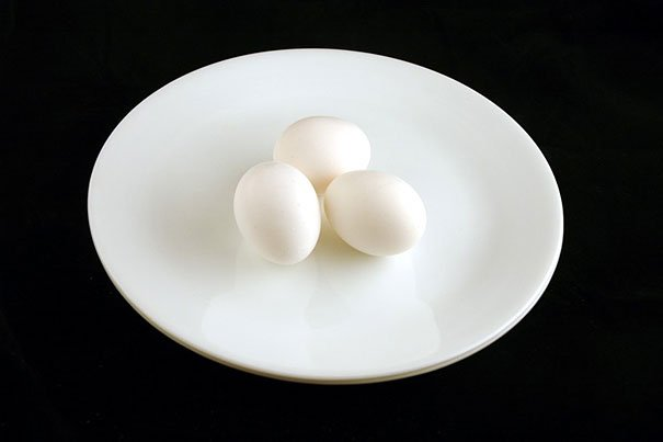 3 eggs is 200 Calories