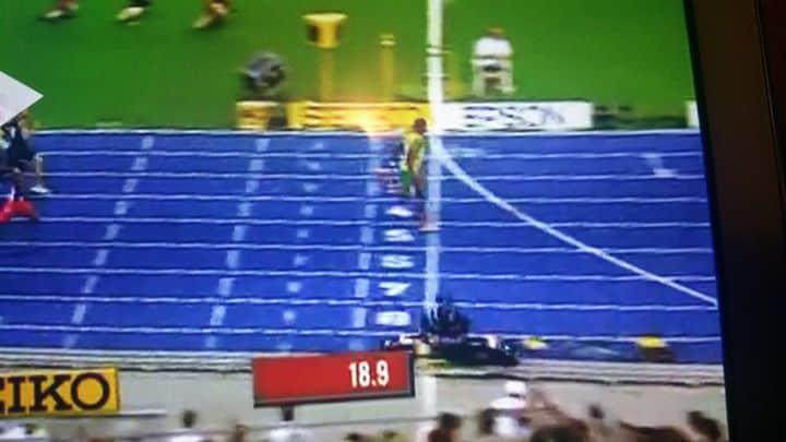 Usain Bolt 2009 WC 200m 19.19